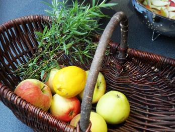 Apfel-Estragon-Fruchtaufstrich