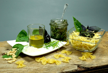 Pesto mit Basilikum von Brigitte Gollnik